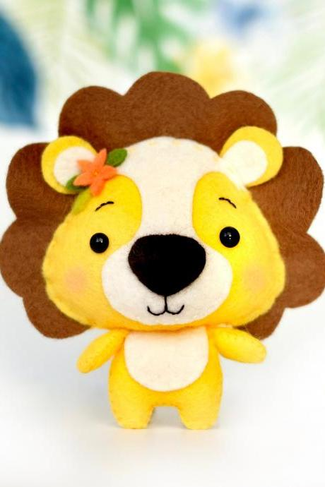 Felt lion toy sewing PDF pattern, African wild animals, Jungle safari animal tutorial, felt baby crib mobile toy