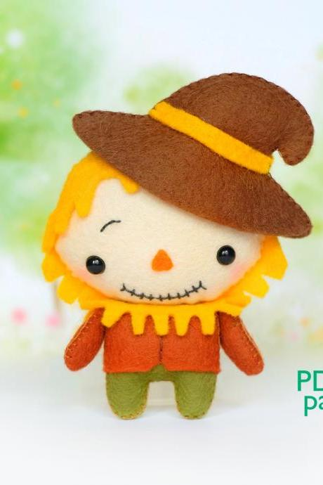 Cute scarecrow felt toy sewing PDF pattern, Wonderfull Wizard of Oz toys, Baby crib mobile toy, Easy to make Halloween toy