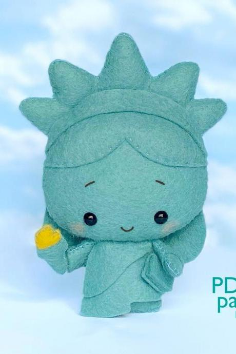 Statue of Liberty felt toy sewing PDF and SVG pattern, Plush toy sewing PDF tutorial, Independence Day gift