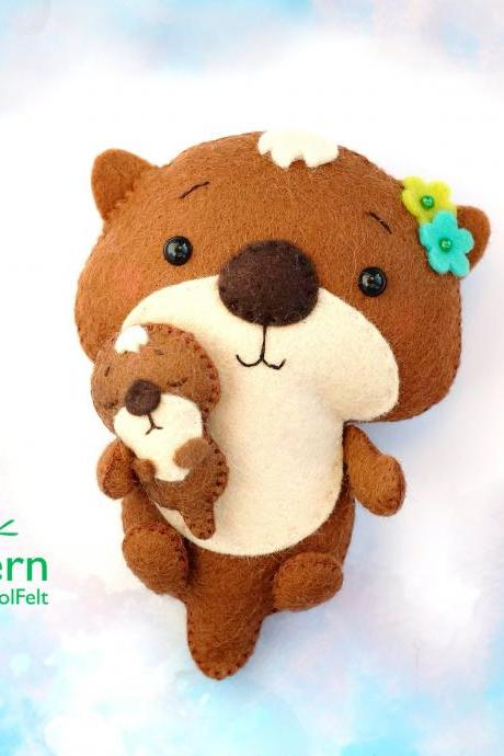 Felt otter with baby PDF and SVG sewing PDF pattern, Mother's Day gift, Otter with heart, baby crib mobile toy