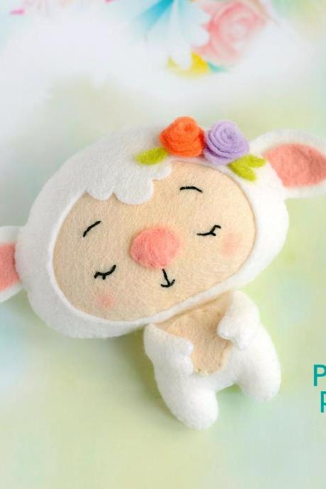 Felt baby sheep toy sewing PDF pattern, Cute farm animal, Felt lamb digital instant download tutorial, Baby crib mobile toy, Easter pattern