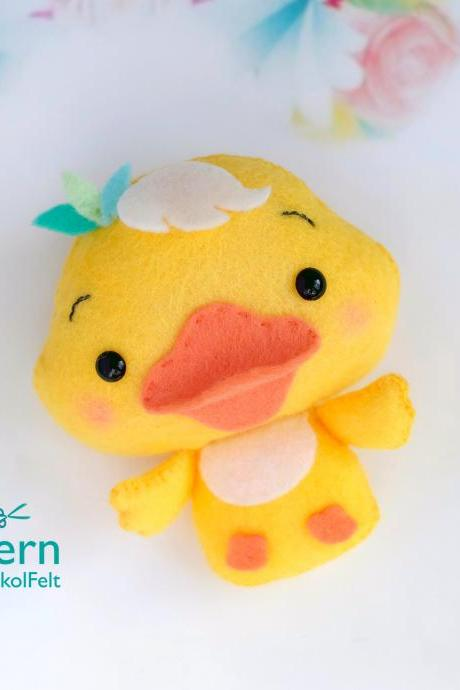 Felt baby duck toy sewing PDF pattern, Cute farm animal, Felt duckling digital instant download tutorial, Baby crib mobile toy