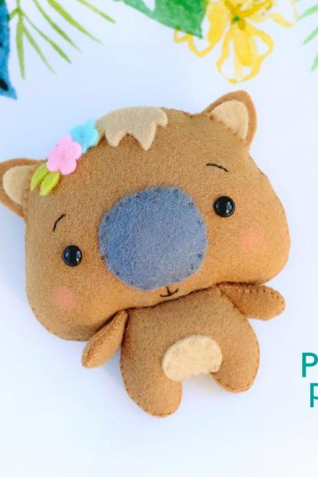 Felt baby wombat toy PDF pattern, Australian woodland animal sewing tutorial, baby crib mobile toy