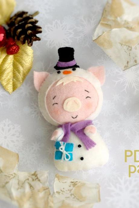 Christmas pig toy sewing PDF Pattern, Felt Christmas piglet in a snowman costume, Baby crib mobile toy